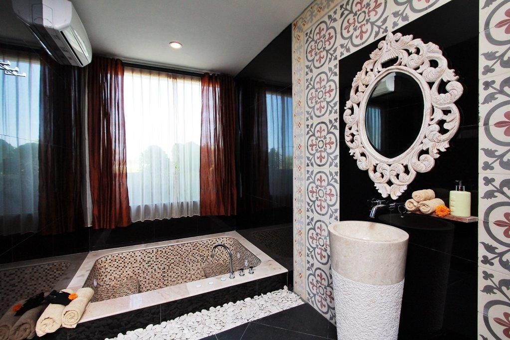 Royal Purnama Art Suites & Villa, Gianyar, Bali Image 8