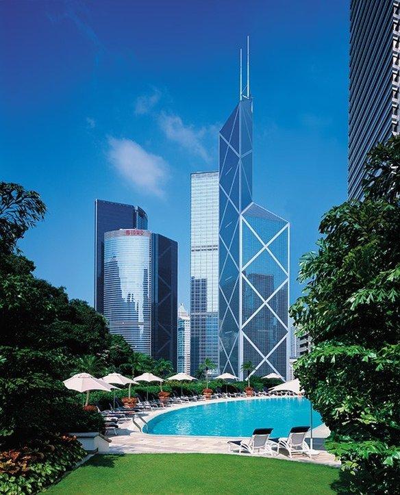 Island Shangri-la, Hong Kong Image 19