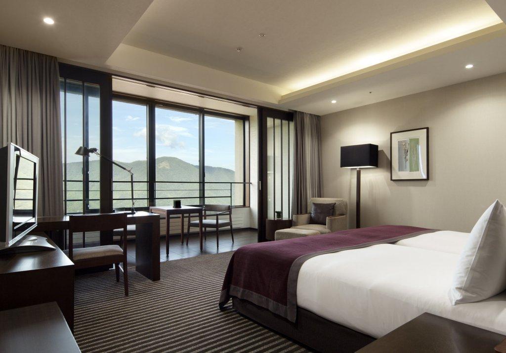 Hyatt Regency Hakone Resort And Spa, Kanagawa Image 1