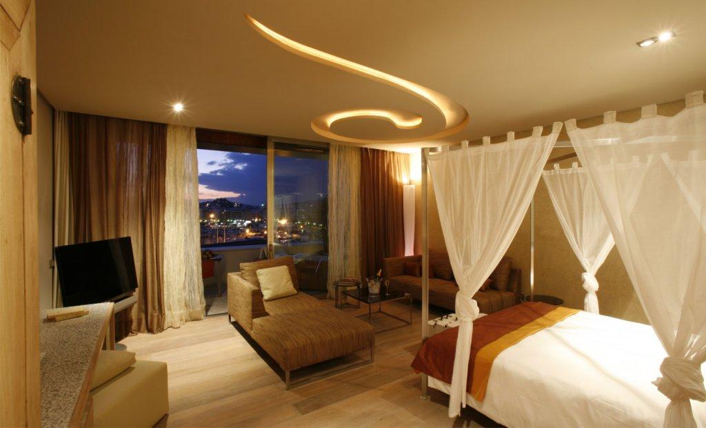 Aguas De Ibiza Grand Luxe Hotel, Santa Eularia Des Riu Image 6