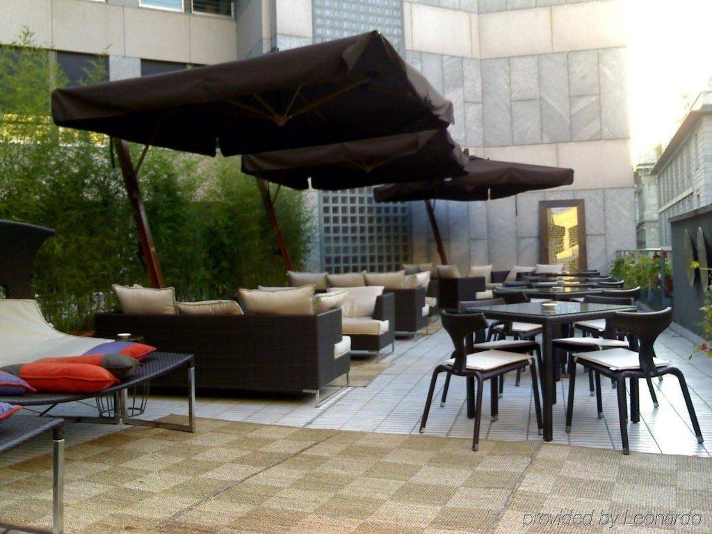 Sina The Gray, Milan Image 3
