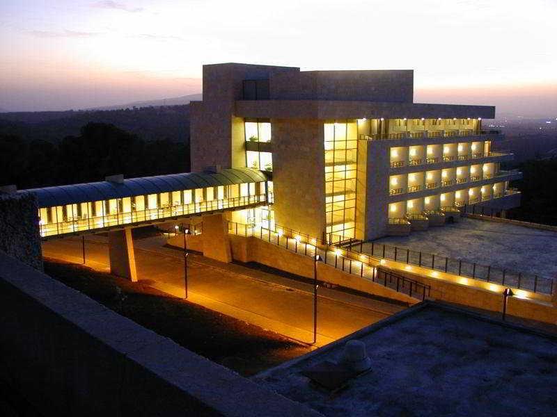 Kibbutz Lavi, Tiberias Image 0