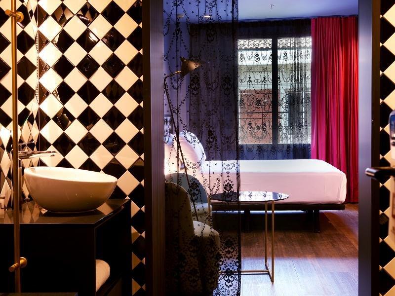 Axel Hotel Madrid  Image 3