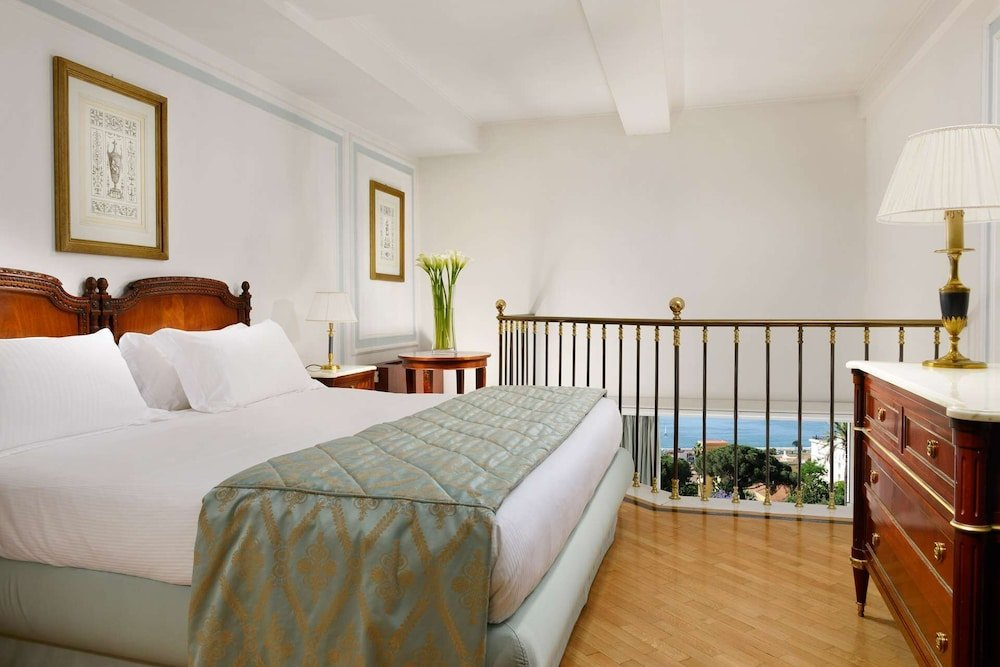 Grand Hotel Parker's, Chiaia, Naples Image 40