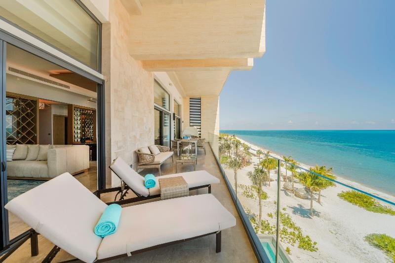 Haven Riviera Cancun Resort & Spa Image 2