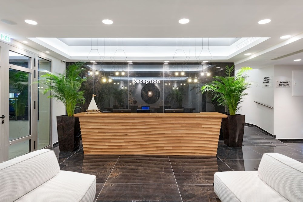 Sea Level Hotel Polychrono Image 9