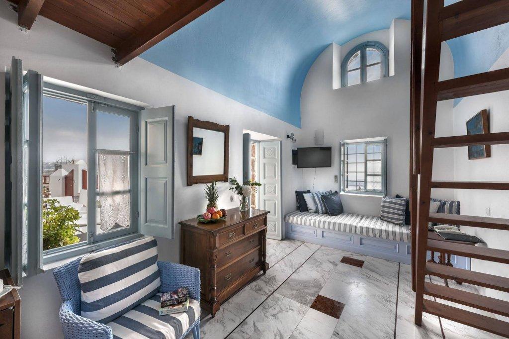 Aigialos Luxury Traditional Houses, Santorini Image 1