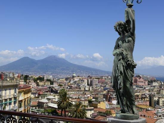 Grand Hotel Parker's, Chiaia, Naples Image 13