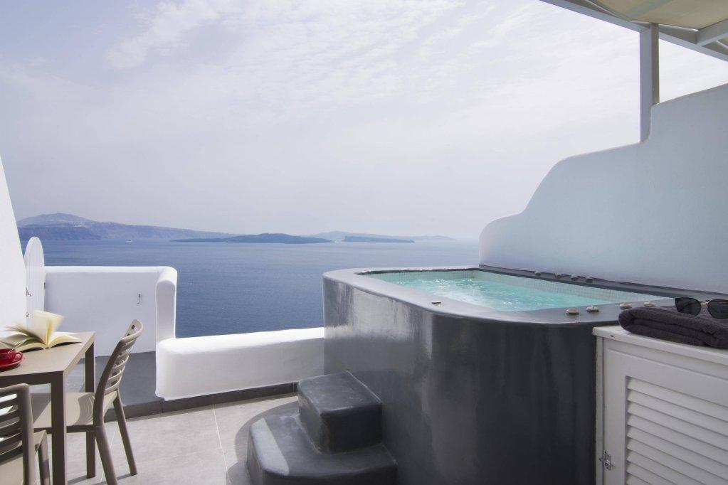 Santorini Secret Suites & Spa Image 2