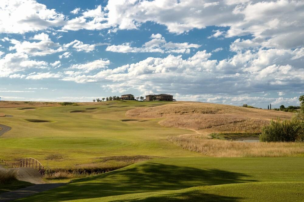 La Bagnaia Golf & Spa Resort Siena Image 4