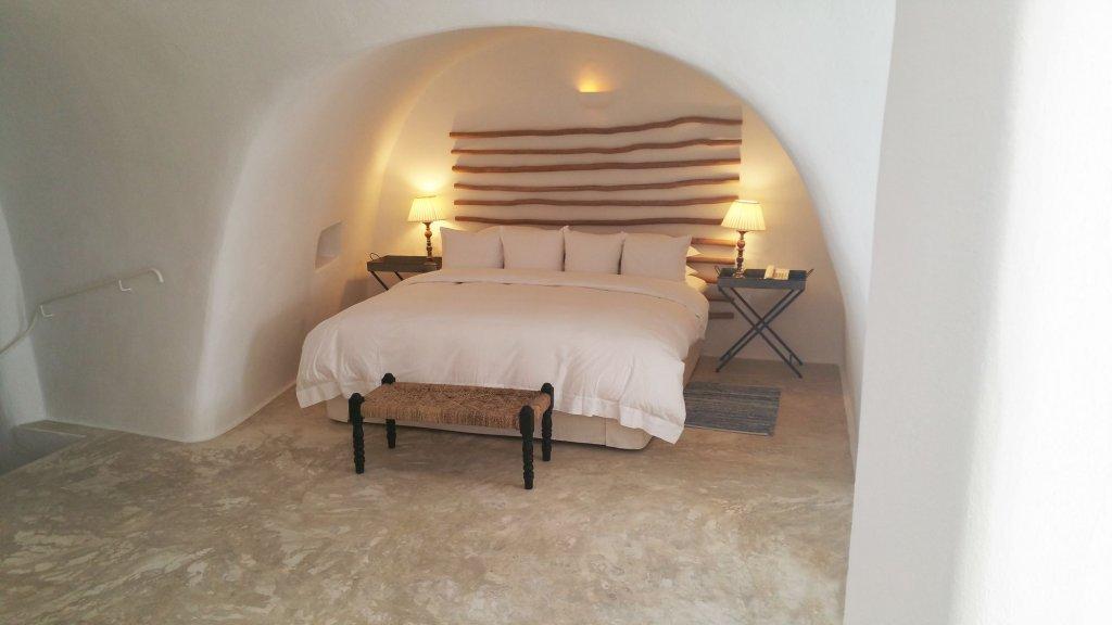 Iconic Santorini Image 32
