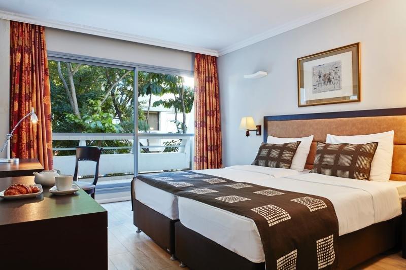 Kfar Maccabiah Hotel And Suites, Tel Aviv Image 5