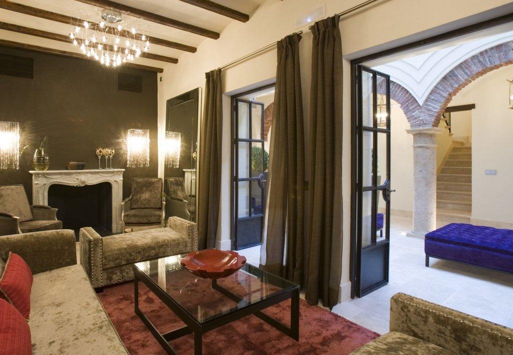 Hotel Claude, Marbella Image 2