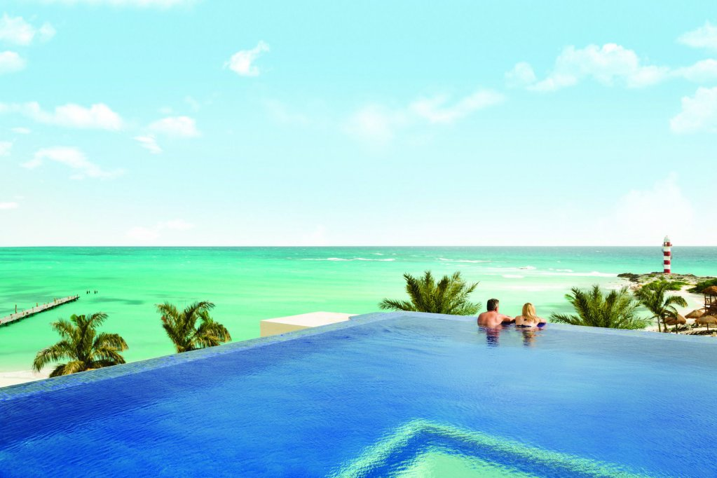 Turquoize At Hyatt Ziva Cancun  Image 1