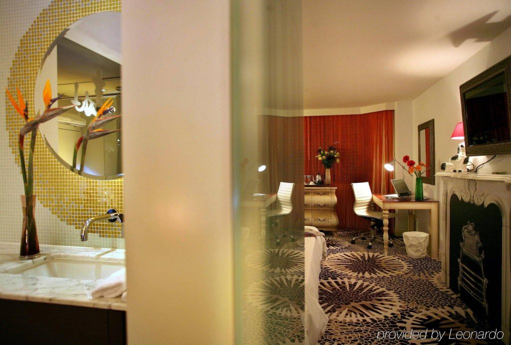 The Luxe Manor, Hong Kong Image 6