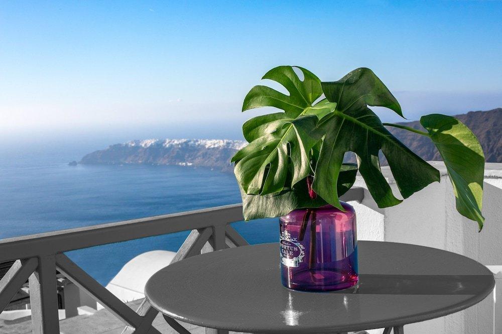 Abelonas Retreat, Santorini Image 15