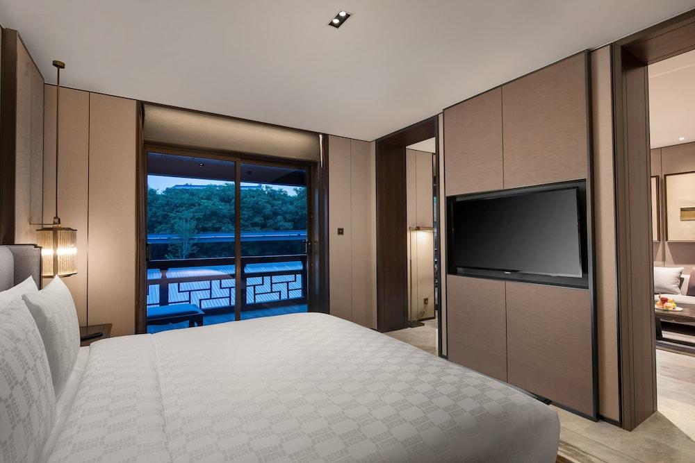 Hualuxe Xian Tanghua, An Ihg Hotel Image 25