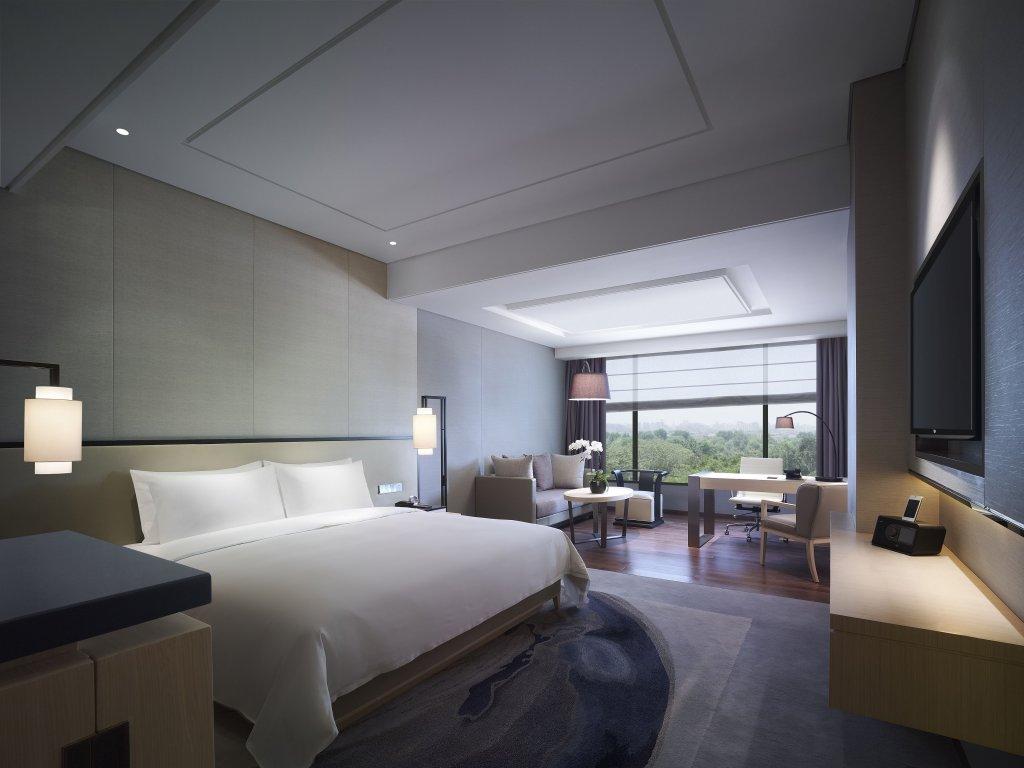 New World Beijing Hotel Image 3