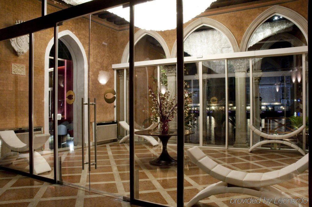 Sina Centurion Palace, Venice Image 6