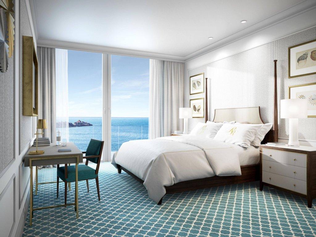 Royal Blue Hotel Image 12
