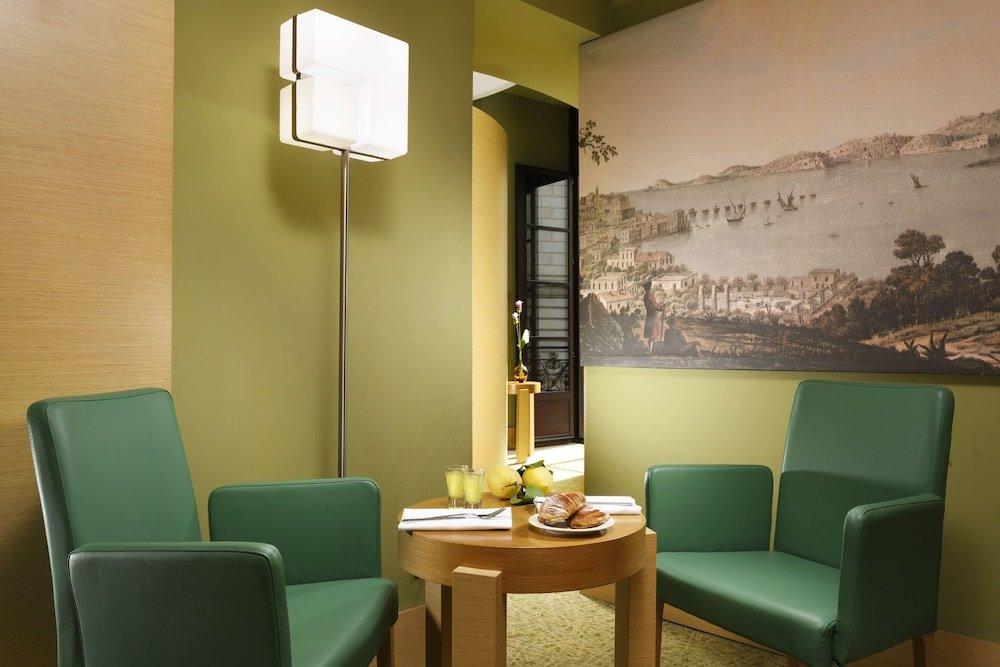 Unahotels Naples Image 10