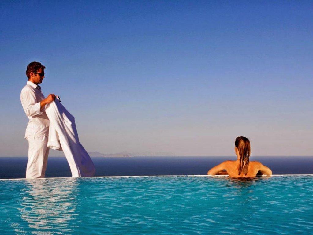 Carpe Diem Santorini Image 32
