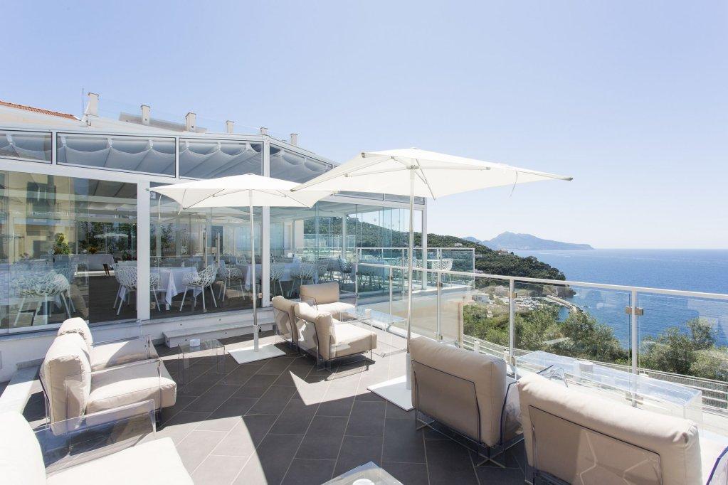 Villa Fiorella Art Hotel, Massa Lubrense Image 6