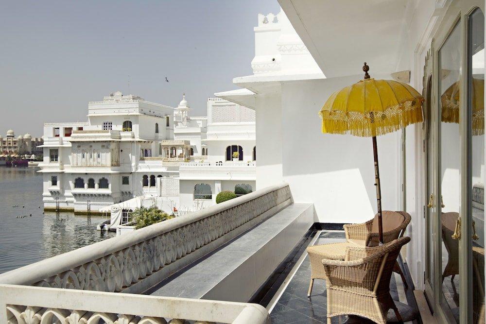 Taj Lake Palace Image 10