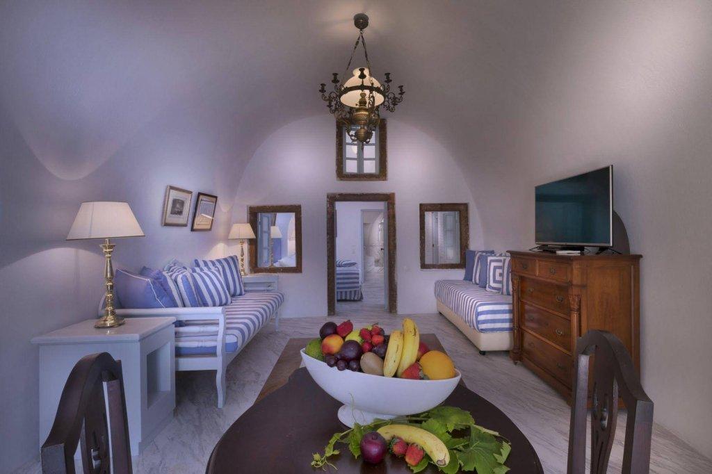 Aigialos Luxury Traditional Houses, Santorini Image 3