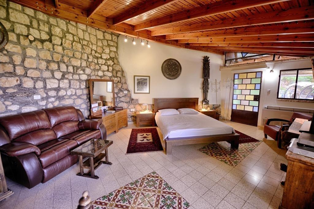 Hameiri Estate, Rosh Pina Image 2
