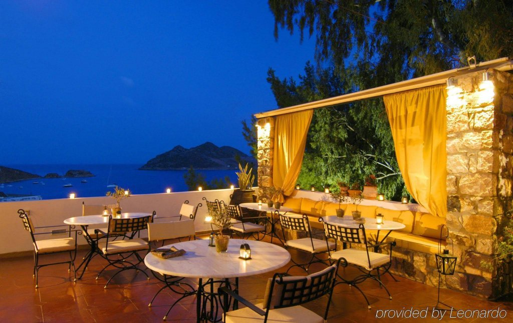 Petra Hotel And Suites, Patmos Image 17