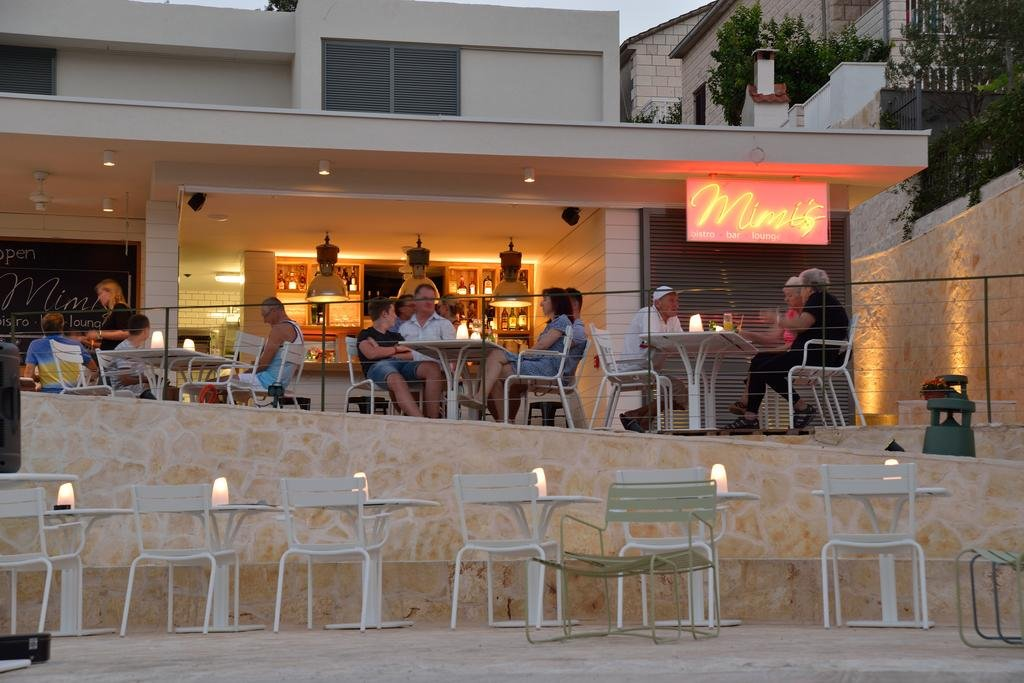 Tara's Lodge Hotel Image 8