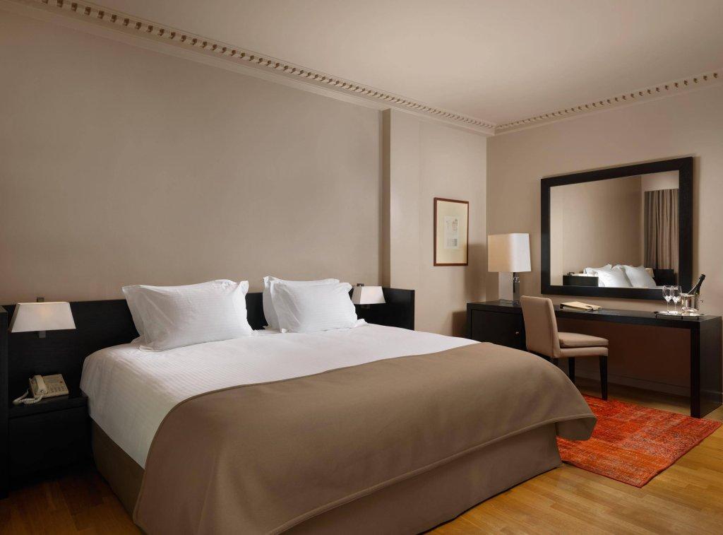 Njv Athens Plaza Hotel Image 3