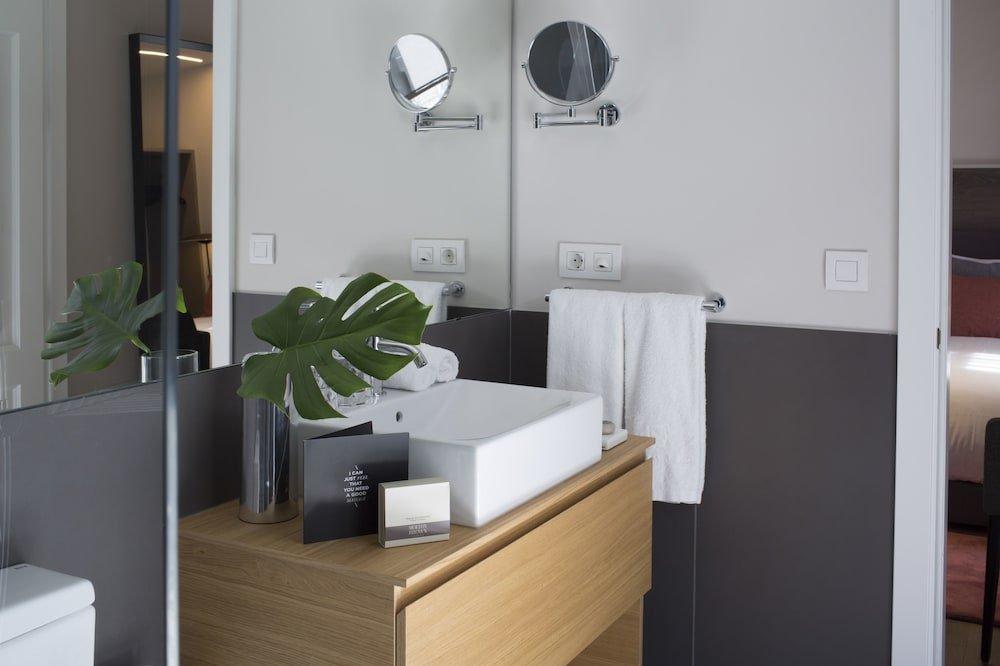 Casagrand Luxury Suites, Barcelona Image 16
