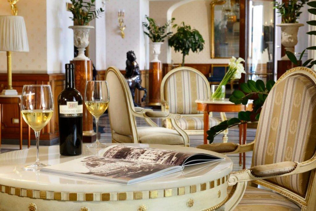 Grand Hotel Parker's, Chiaia, Naples Image 15