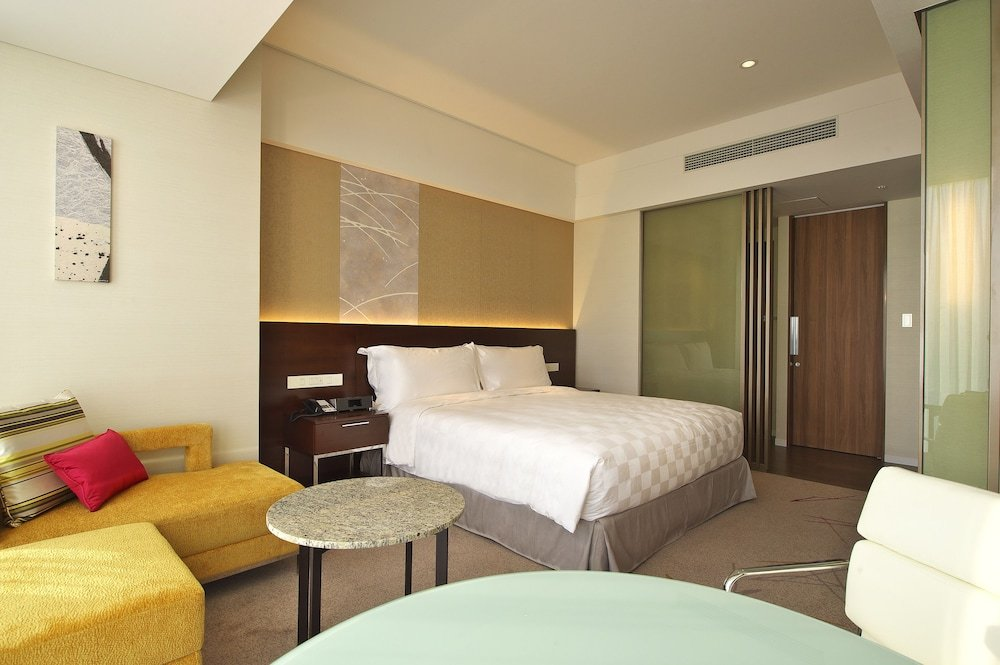 Osaka Marriott Miyako Hotel, Osaka Image 40