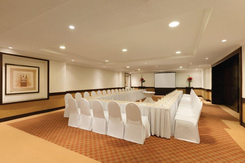 Panama Jack Resorts Gran Caribe Cancun  Image 57