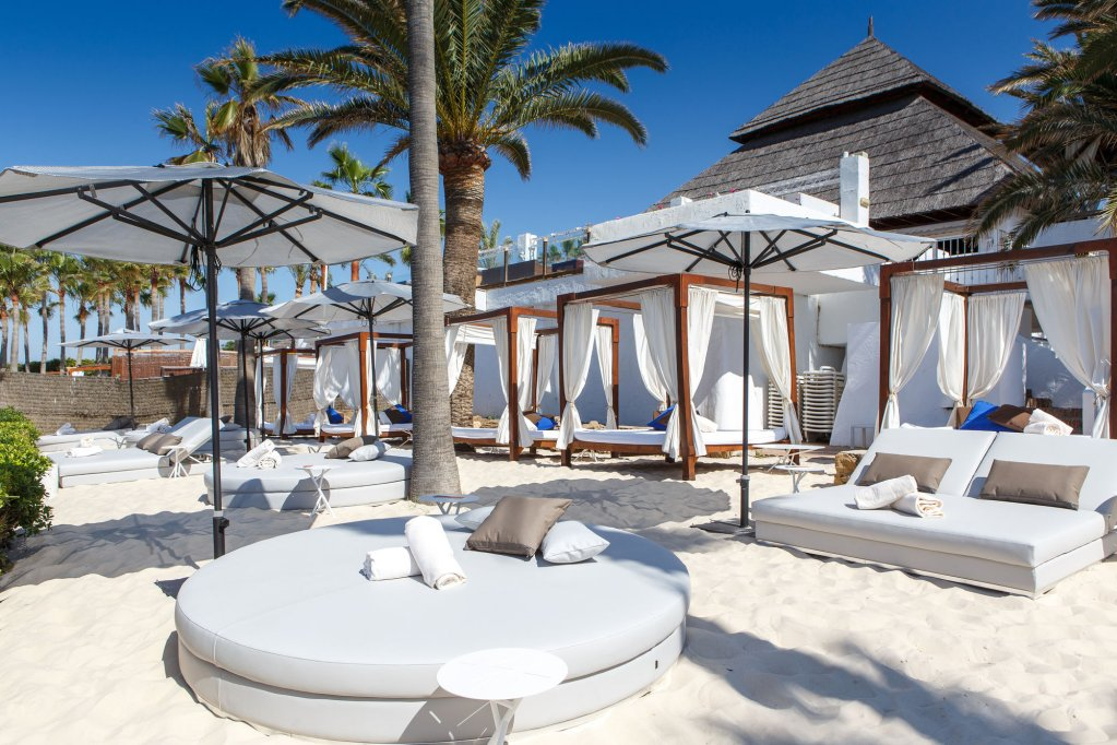 The Oasis By Don Carlos Resort, Marbella Image 25