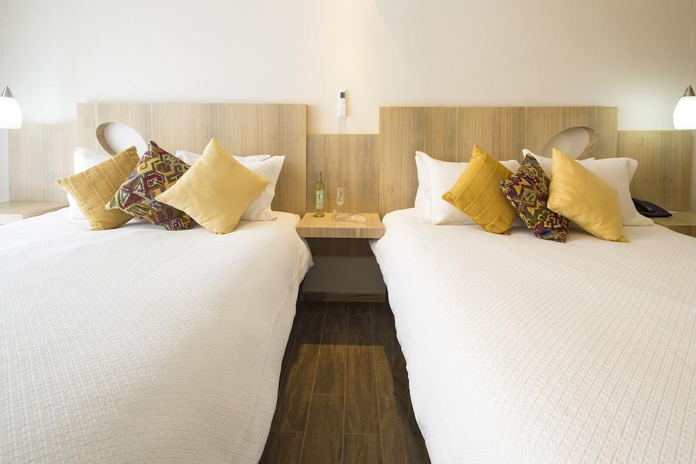 Hotel Villa Los Candiles Image 3