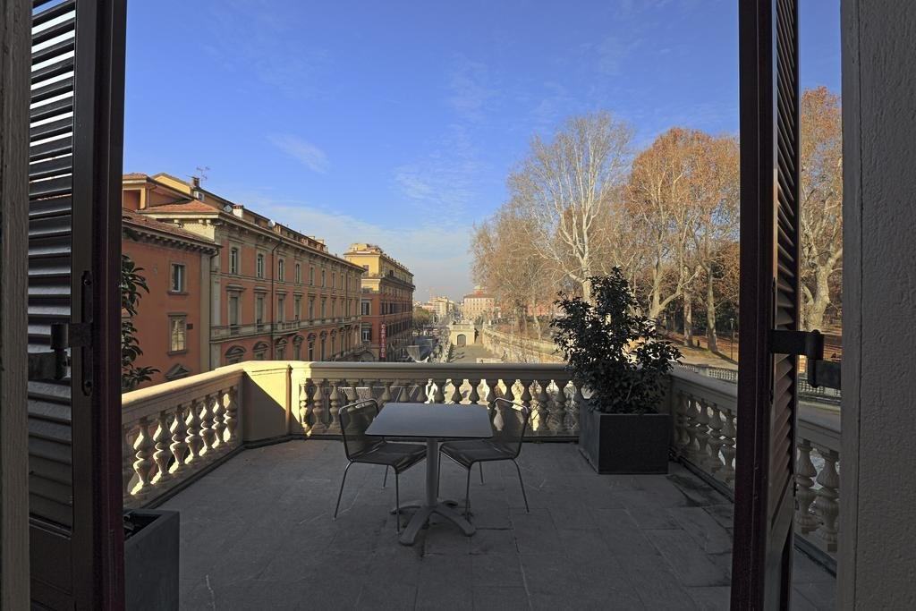 I Portici Hotel, Bologna Image 0