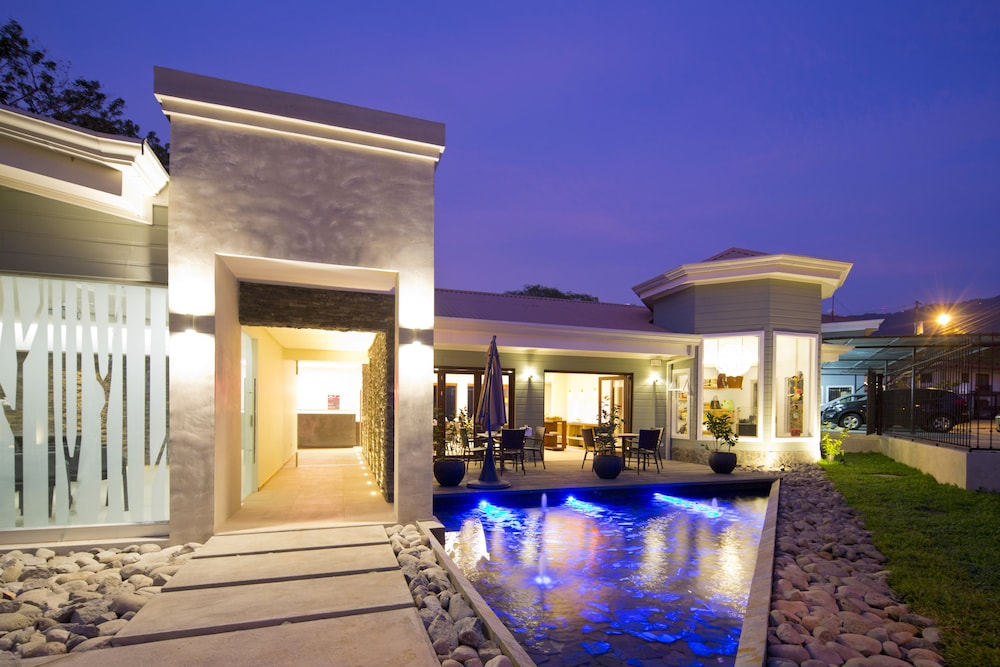 Hotel Villa Los Candiles Image 1