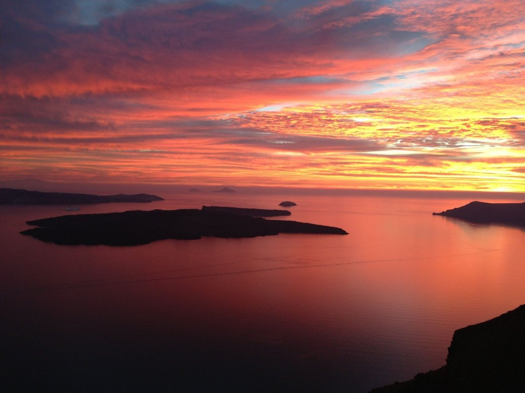Iconic Santorini Image 18