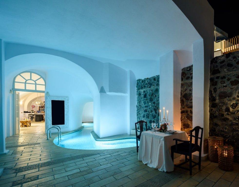 Nefeles Luxury Suites, Fira, Santorini Image 1
