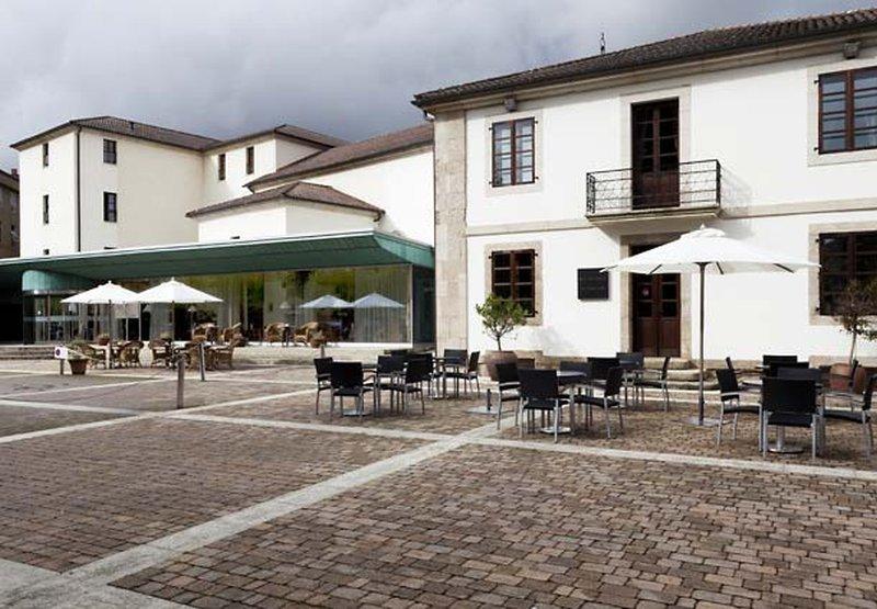 Ac Hotel Palacio Del Carmen, Santiago De Compostela Image 21